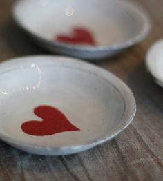 plato dish corazón heart rojo red miraquechulo