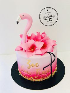 Flamingo cake Bithday Cake, 4th Birthday Cakes, Birthday Cakes For Women, Luau Birthday, Birthday Ideas, Flamingo Cake, Flamingo Birthday, 18th Cake, Girly Cakes