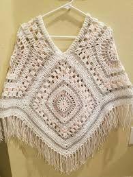 Crochet poncho 400679698101110107 - New crochet shawl granny square poncho patterns ideas Source by katiwa Crochet Poncho Patterns, Crochet Cardigan, Crochet Shawl, Crochet Stitches, Crochet Granny, Knit Crochet, Granny Square Poncho, Granny Squares, Poncho Shawl