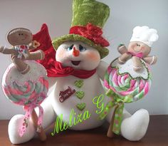 Cute snowman and gingerbreads!
