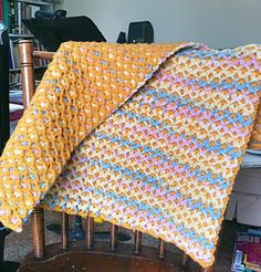 Free Crochet Pattern: Reversible Baby Afghan by Carole S.