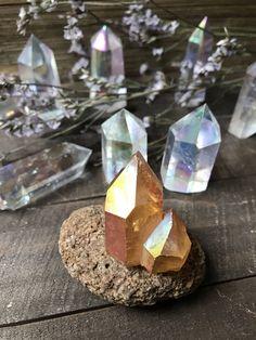 SUNSET AURA - orange aura - irridescent rainbow treated quartz crystal cluster Quartz Cluster, Crystal Cluster, Quartz Crystal, Rainbow Treats, Sunset, Orange, Crystals, Crystal, Sunsets