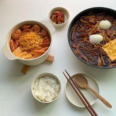 K Food, Food Porn, Food Goals, Cafe Food, Aesthetic Food, Korean Food, Food Cravings, Street Food, Food Inspiration
