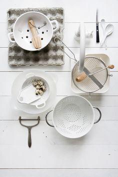 The pure kitchen styling by Femke Pastijn - via Coco Lapine Design