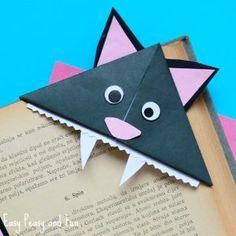 Cat Corner Bookmarks - Halloween Origami for Kids - Easy Peasy and Fun Origami Halloween, Halloween Crafts, Kids Origami, Useful Origami, Origami Art, Origami Animals, Oragami, Thanksgiving Crafts For Kids, Ideas