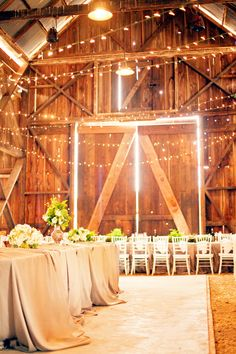 Incredible Winter Barn Wedding! Juanita no need to get married by the river let's just find a barn..