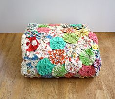 Vintage 1940's Twin Size YO YO Quilt Coverlet by aniandros