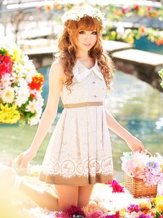Liz Lisa dress. <3 can i just be as pretty as her? is that too much to ask?