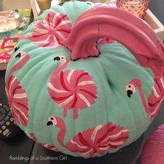 Flamingo pumpkin with easy tutorial. Love it!