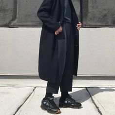 Fashion, models, menswear, streetstyle and home interior - Modern Moreau Cool Outfits, Casual Outfits, Fashion Outfits, Vintage Style Outfits, Vintage Fashion, Mode Man, Minimal Outfit, Layering Outfits, Inspiration Mode