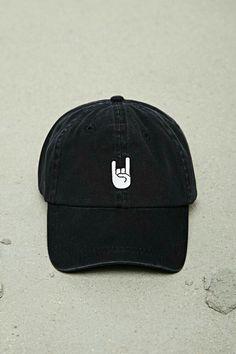 d91c474486b Follow  ayeeitzariii Baseball Cap Outfit