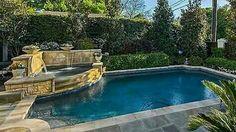 Beautiful backyard pool & spa~