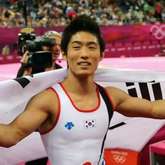 Yang Hak Sun won a gold medal in the gymnastics in 2012 London Olympic. He is also the first Korean who won the gold medal in the gymnastics. His childhood was not wealthy but he wanted be an athlete. So he decided to do gymnastics, which had a lot of financial supports. As he experienced the importance of sponsor, he is supporting  many people who is undergoing financial difficulties. He was an unexpected hero. However, he is a remarkable athlete now. I haven't heard about him before he won…
