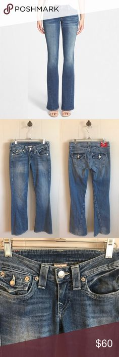 """True Religion Joey Flare Jeans True Religion Joey Flare Jeans. Size 27. In excellent pre owned condition. Waistband is 15"""" across laying flat. Rise is 7.5"""". Inseam is 30.5"""". True Religion Jeans Flare & Wide Leg"""