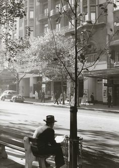 Collins Street from the Athenaeum (c. 1960) Mark STRIZIC