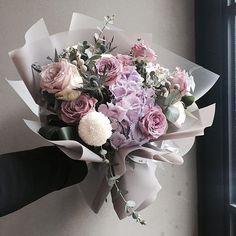 #vanessflower#flowershop#flowercafe#handtied#florist#daily