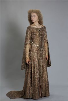 Sarah Gadon as Phillipa for World Without End