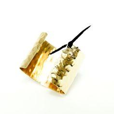 Hammered logo cuff  #onlineshopping #newarrival #ootd #womensfashion #fashion #style #iladaboutique