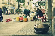 street vendor by ★ Chicz Chuot ★, via Flickr