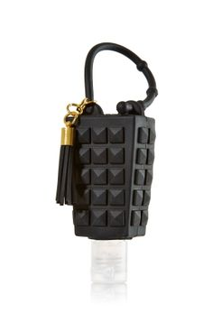 Studded Black - PocketBac Holder - Bath & Body Works - Beat germs with sleek style! Adjustable strap attaches to your backpack, purse and more so you can always keep your fave sanitizer close at hand. Bath Body Works, Bath N Body, Best Home Fragrance, Perfume Body Spray, Scar Removal Cream, Hand Sanitizer Holder, Lush Bath, Bath And Bodyworks, Smell Good