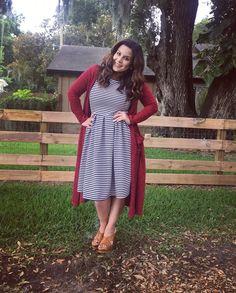 Wearing a lularoe Amelia dress and Sarah cardigan - I miss my striped dress :( Modest Dresses, Modest Outfits, Modest Fashion, Fall Outfits, Cute Outfits, Skirt Outfits, Dress Fashion, Women's Fashion, Lularoe Amelia Dress