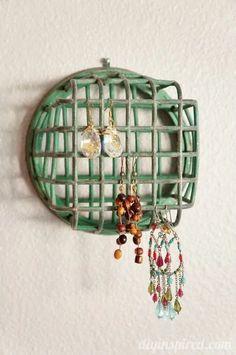 Jewellery Storage, Jewelry Organization, Organization Ideas, Storage Ideas, Nativity Stable, Vintage Jewelry Crafts, Diy Jewelry, Jewlery, Jewelry Making