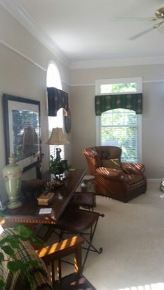benjamin moore revere pewter wall color lightened to 50 for border color