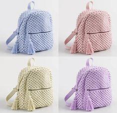 Best 11 This Pin was discovered by Sjm – SkillOfKing. Crochet Mandala, Diy Crochet, Crochet Flowers, Crochet Backpack, Backpack Pattern, Mochila Crochet, Polymer Clay Kawaii, Crochet Shoulder Bags, Bag Pattern Free