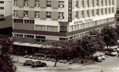 O Café e Restaurante Djambu, no Edifício do Hotel Tivoli na baixa de Lourenço Marques, anos 1960