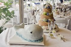 Whale of a time! Fun wedding cakes for a nautical theme #wedding.