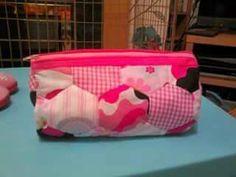 Zipped barrel bag