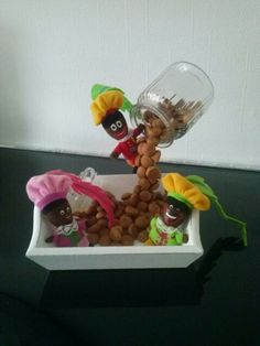 Zwevend potje 3 Teacups, Craft Ideas, Vase, Mugs, Flowers, Crafts, Manualidades, Tumblers, Mug