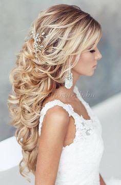 félig+leengedett+esküvői+frizurák+-+félig+feltűzött+menyasszonyi+frizura