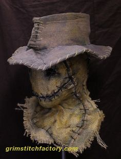 The Wraith - Grim Stitch Factory wraith 5 with hat Scarecrow Halloween Makeup, Scarecrow Mask, Halloween Costumes Scarecrow, Halloween Scarecrow, Halloween Costume Contest, Outdoor Halloween, Halloween Masks, Scary Halloween, Halloween Crafts