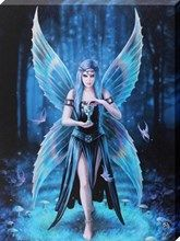 By Anne Stokes.