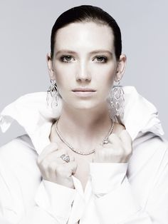Anna Torv- I did NOT recognize her here! wow! @Joshua Brabo , look at this! brilliant photography.