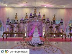 Inspire sua Festa ® | Blog Festa e Maternidade Stage Decorations, Balloon Decorations, Birthday Decorations, Birthday Party Themes, Wedding Decorations, Royal Princess Birthday, Princess Party, Royal Theme, Lebanese Wedding