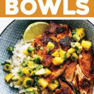 BBQ Salmon Bowls with Mango Avocado Salsa - Pinch of Yum - - BBQ Salmon Bowls with Mango Avocado Salsa! An easy and impressive dinner with yummy smoky-sweet flavor and a zip of zesty homemade salsa to take it over the top. The BEST weeknight dinner. Salmon Recipes, Seafood Recipes, Pasta Recipes, Dinner Recipes, Mango Recipes, Bbq Fish Recipes, Bbq Dinner Ideas, Jelly Recipes, Juice Recipes