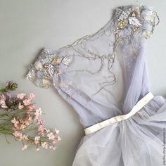 Вышивка. Оформление платья - купить или заказать в интернет-магазине на Ярмарке Мастеров | Оформление свадебных платьев и другой одежды… Bridesmaid Dresses, Prom Dresses, Formal Dresses, Couture Dresses, Fashion Dresses, Lavender Wedding Dress, Wedding Dresses Pinterest, Fashion Terms, Couture Embroidery