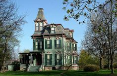 Davenport House, Saline, MI - Built in 1875 by architect William Scott of Detroit. Contructed in the Second Empire style, it is listed on the Michigan register of historic places. Victorian Architecture, Historical Architecture, Amazing Architecture, Victorian Buildings, Beautiful Buildings, Beautiful Homes, House Beautiful, Davenport House, Free House Plans