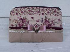 Rose beauty case
