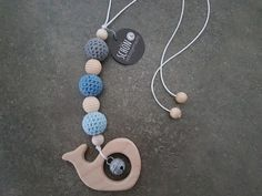 Rasseln & Greiflinge - Greifling Maxi Cosi *freie Farbwahl* 'Wal' Holz - ein Designerstück von schoen_und_selbstgemacht bei DaWanda
