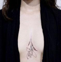 Trendy Tattoo Frauen Oberarm Watercolor - My most beautiful tattoo list Sternum Tattoo Design, Tattoo Designs, Sternum Tattoos, Feminine Tattoos, Trendy Tattoos, Foot Tattoos, Small Tattoos, Rib Tattoos, Tattoo Minimaliste