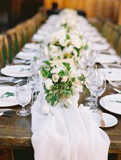 La Tavola Fine Linen Rental: Aurora White Table Runner with Tuscany White Napkins | Photography: Caroline Yoon, Planning: Emily Coyne Events, Florals: Rion Designs, Venue & Catering: Calistoga Ranch, Paper Goods: Shine Wedding Invitations, Rentals: Encore Event Rentals