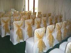 Reception-Black-and-Gold-Wedding-Theme if the gold had sparkle tho White And Gold Wedding Themes, Black And White Centerpieces, Beige Wedding, Cream Wedding, Trendy Wedding, Winter Wedding Colors, May Weddings, 50th Wedding Anniversary, Wedding Chairs