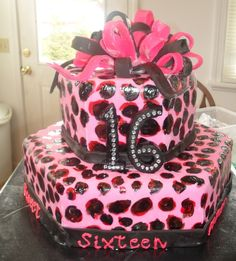 Sweet 16 Party Decorations | uploaded to pinterest