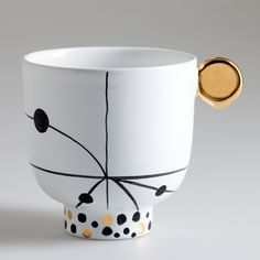 Bosa objects at Maison and Objet. Twelve designers have created trinkets for the Forget Me Not collection by Bosa. Jaime Hayón's collection is called Pinocchietto.