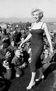 Marilyn Monroe entertains the troops in Korea 1954