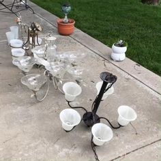 Outdoor Crafts, Outdoor Projects, Garden Projects, Diy Projects, Garden Ideas, Solar Light Crafts, Diy Solar, Solar Lights, Outdoor Chandelier