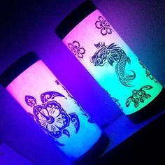 Boa noite! #boanoite #art #lights #led #neon #nature #natureza #abajur #tartaruga #carpa #peixe #verde #azul #green #blue #design #tribal #ocean #sustainable #sustentabilidade #artesanato #arte #goodnight #noite #dormir #luz #tecnologia by artesealternativas http://ift.tt/1OZwLEH